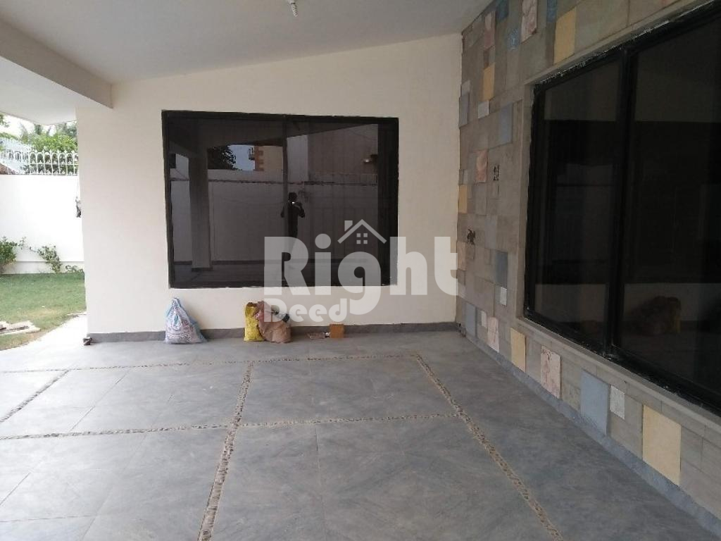 500 yards Bungalow is available for rent DHA Phase 6, DHA Defence, Karachi